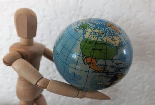 地球 重さ 求め方