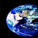 地球はなぜ公転をしているの!?原理とは?