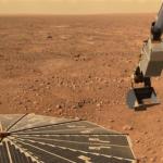 グーグルアース機能で火星を見ると基地がある!?