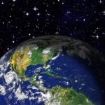 宇宙から見た地球の色や大きさとは!?