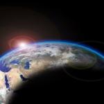 地球が太陽の周りを公転する理由とは!?